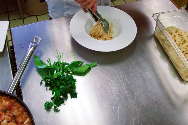 plating lobster pasta